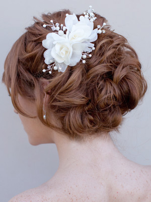 Top Five Bridal Hair Accessory Trends
