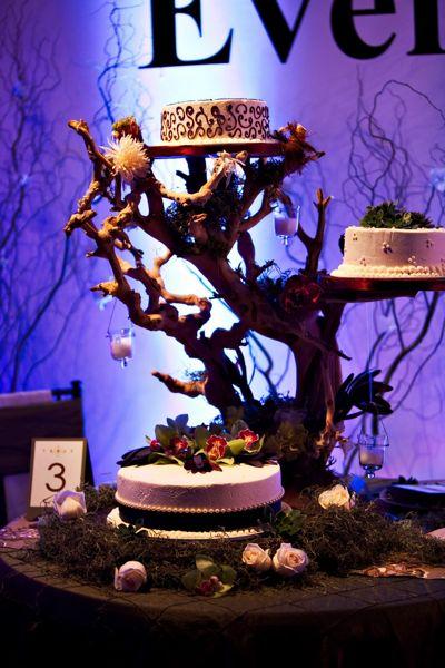 manzanita_cake_stand