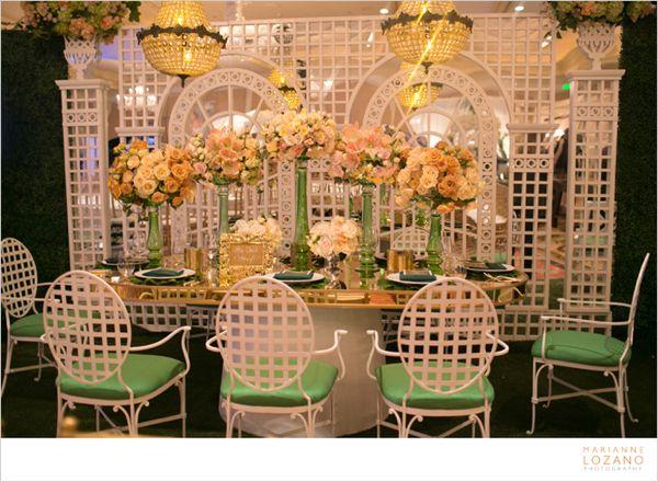02-tic-tock-couture-florals-marianne-lozano-i-do-2013