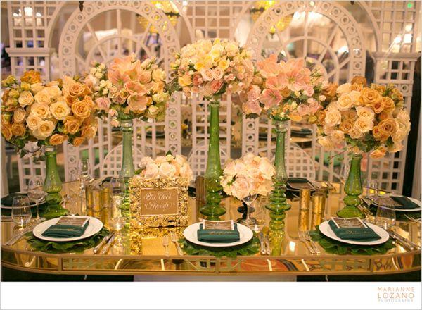 03-tic-tock-couture-florals-marianne-lozano-i-do-2013