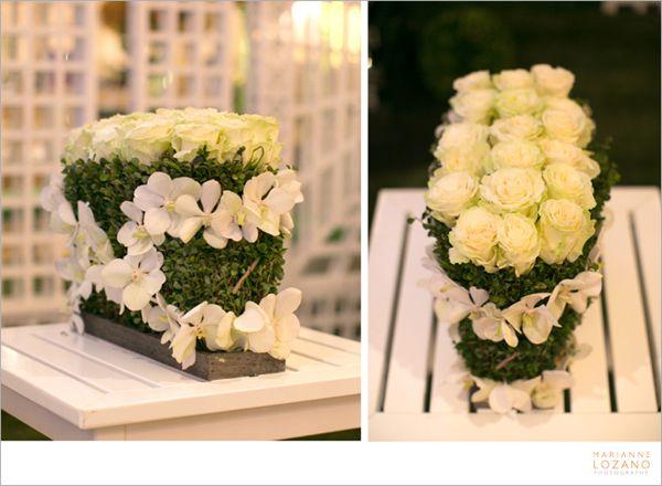 09-tic-tock-couture-florals-marianne-lozano-i-do-2013