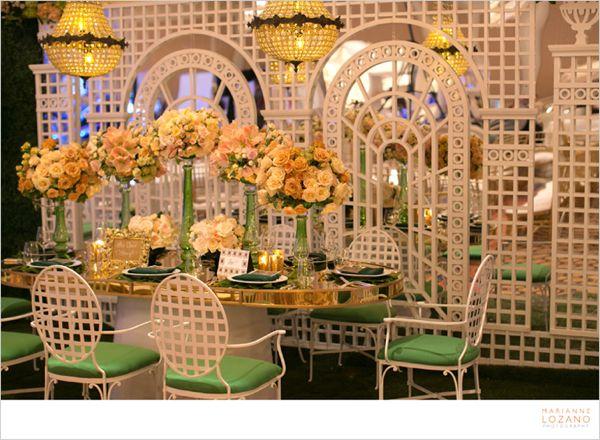 10-tic-tock-couture-florals-marianne-lozano-i-do-2013