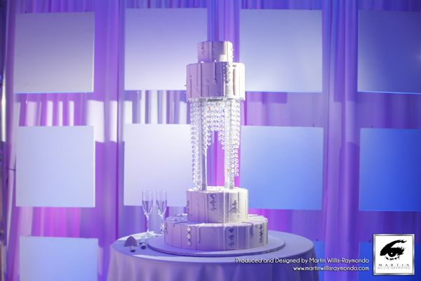 chandalier cake