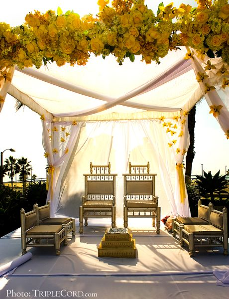 Lighthouse Courtyard, Mandap, Triple Cord
