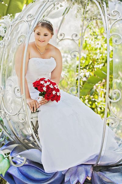White-rabbit-photo-boutique-crystal-kyle-disneyland-wedding-photographer-08