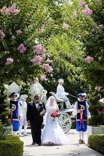 White-rabbit-photo-boutique-crystal-kyle-disneyland-wedding-photographer-09