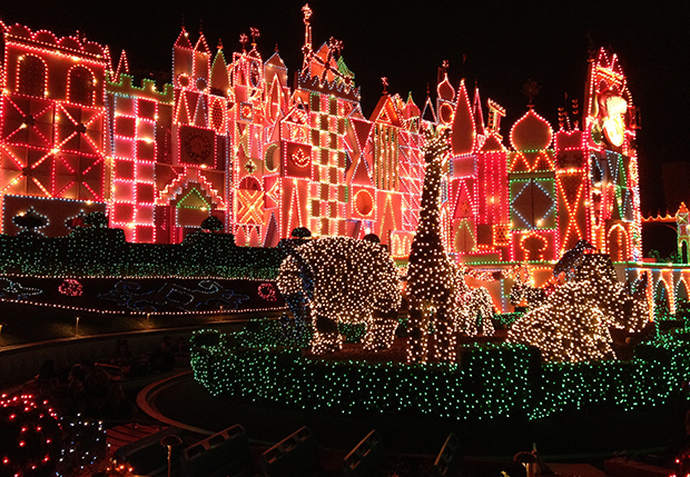 Did you know about the Holiday Season for It's a Small World? It's gorgeous!