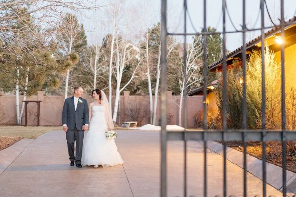 Basch_Smith_Mathew_Irving_Photography_KarinTravisWinterWedding0054_low